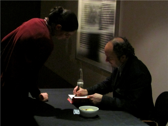 Jeffrey Eugenides signing my copy of The Marriage Plot
