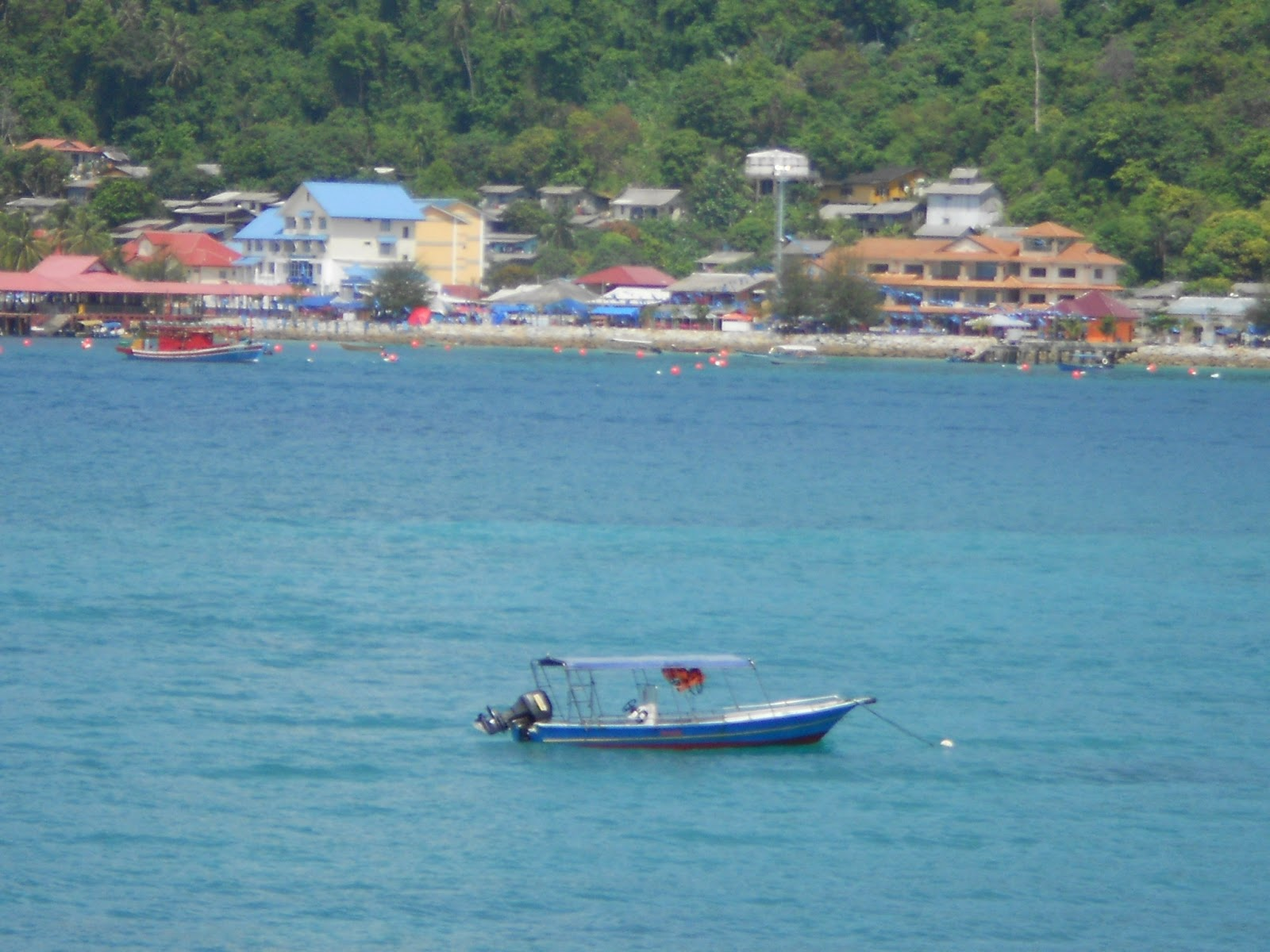 holiday at pulau perhentian 3days 2night perhentian package  small island & 3 days 2 nights snorkeling and free & easy holiday packages in perhentian  pulau perhentian.