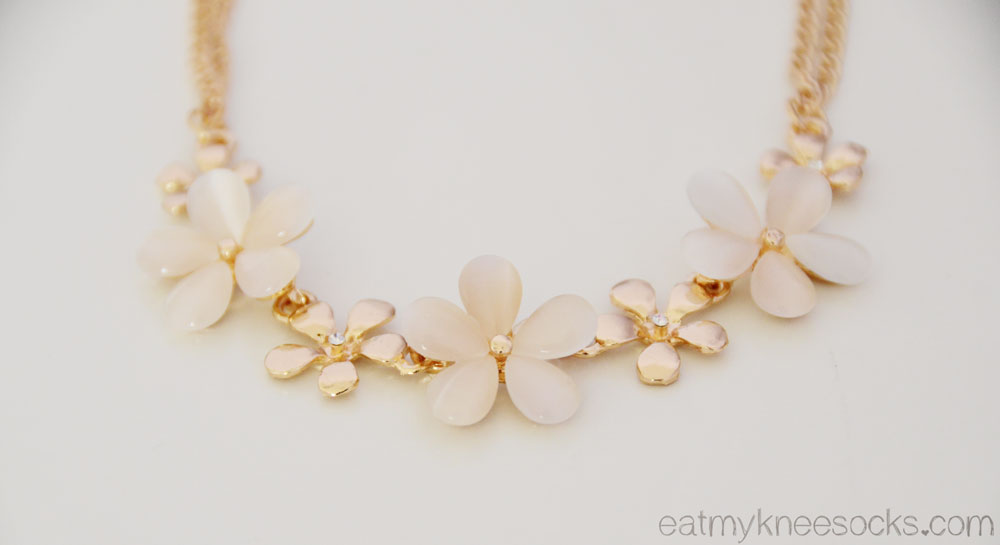 The golden floral rhinestone and stone-embellished necklace from Born Pretty Store.