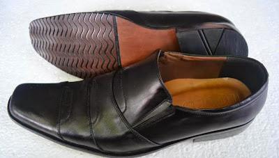 sepatu pantofel cowo