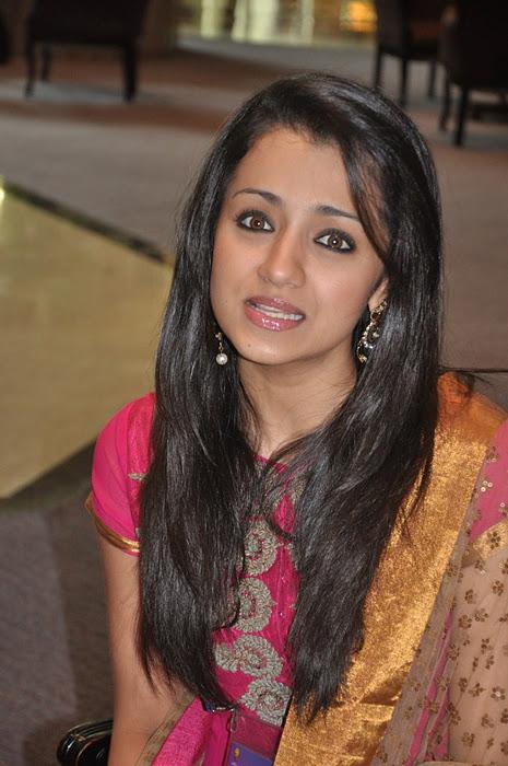 tamil actress trisha cute churidar photos cine pictures