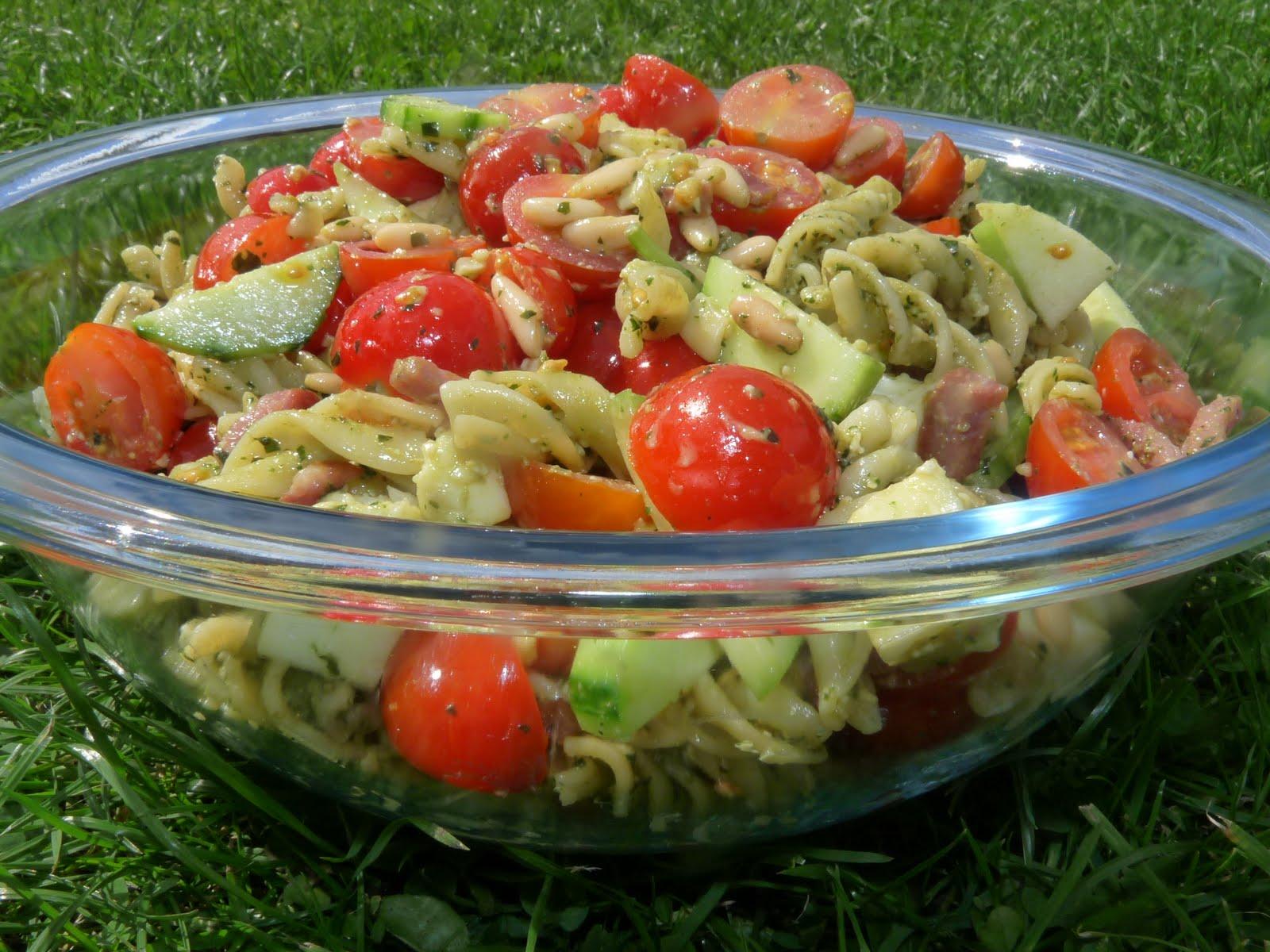 Lice et Délices: Salade de pâtes fusilli au pesto vert - Salade Pates Pesto