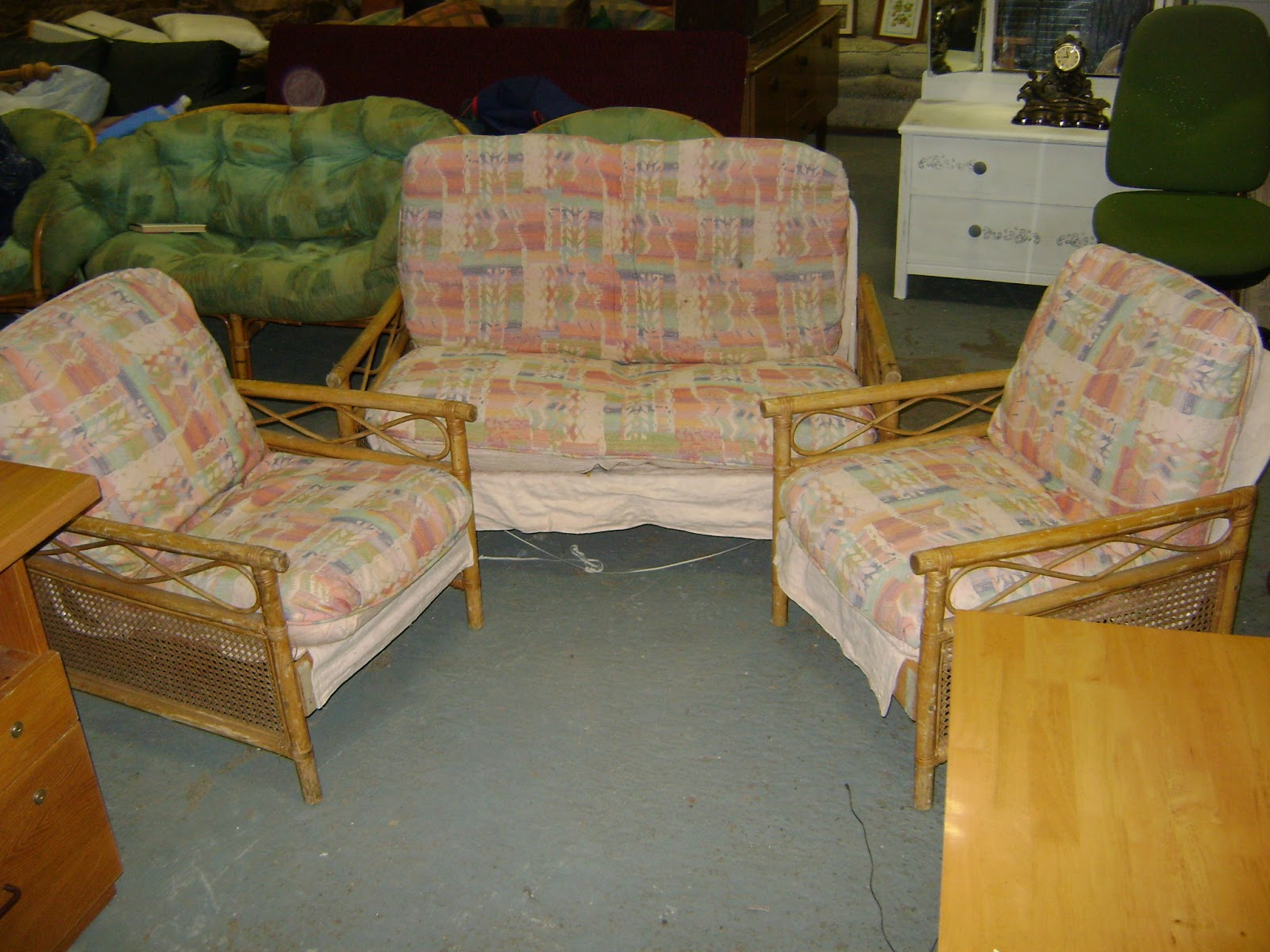 Deccie's Done Deal Second Hand Furniture & House Clearances ...