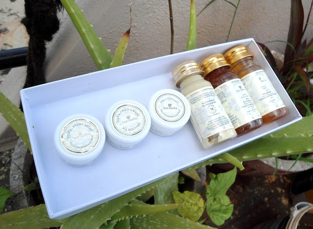 Just Herbs Miniature Kit for Combination Skin Review, Product Details, Price