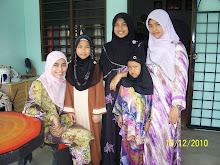 semua anak perempuan abah & ibu... :)