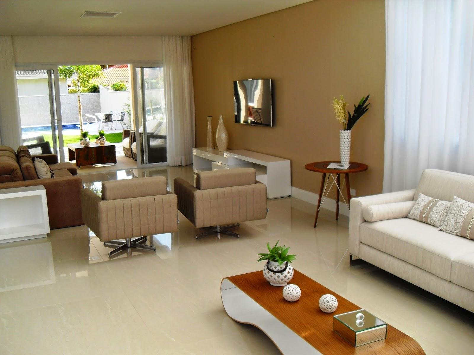Casa nova mobiliada e decorada a venda no condom nio for Casas decoradas por dentro