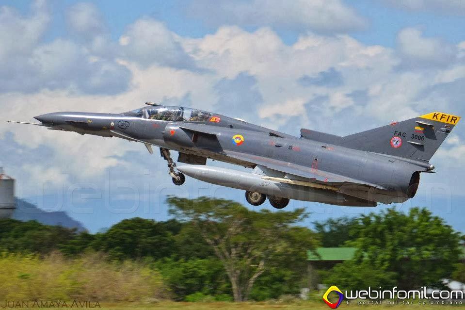 Kfir Fuerza Aerea Colombiana TC-12 FAC3006