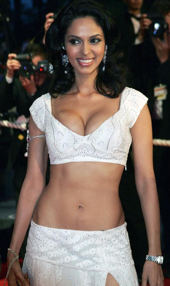 Bollywood Hot Actress Photo: July 2012