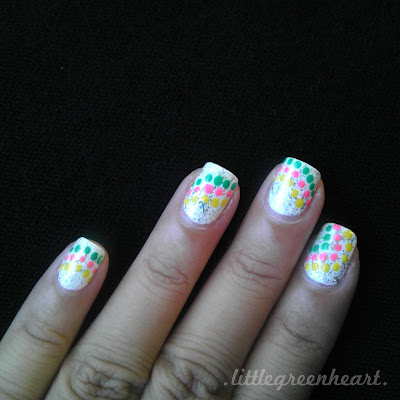 polka-dot-nails-2