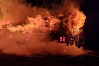 Apel pentru ajutorarea familiei David Aslam a căror casă a ars în întregime! (VIDEO/FOTO)