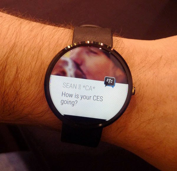 BlackBerry previews BBM for Android Wear