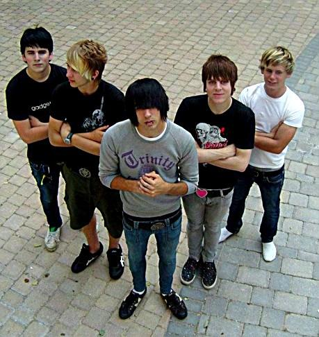 Emo Lifestyle Emo Dress Style For Guys