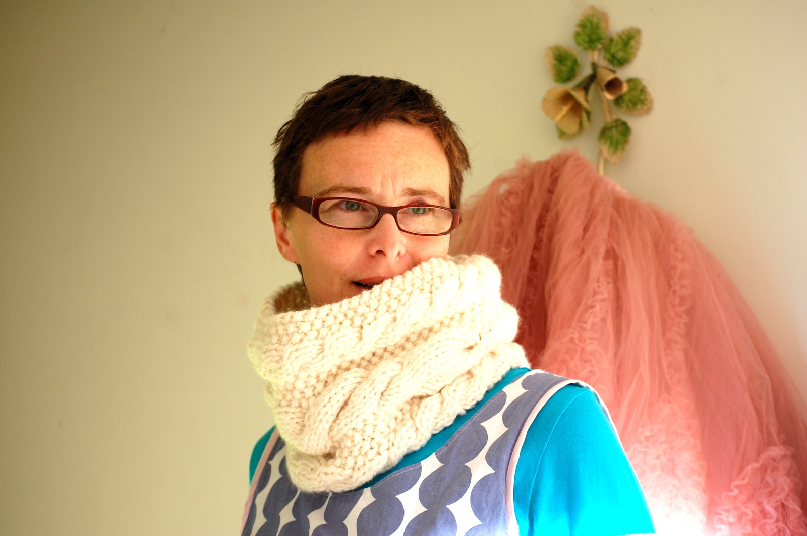 Greedy For Colour: The Cable and Seed Stitch Cowl Pattern...