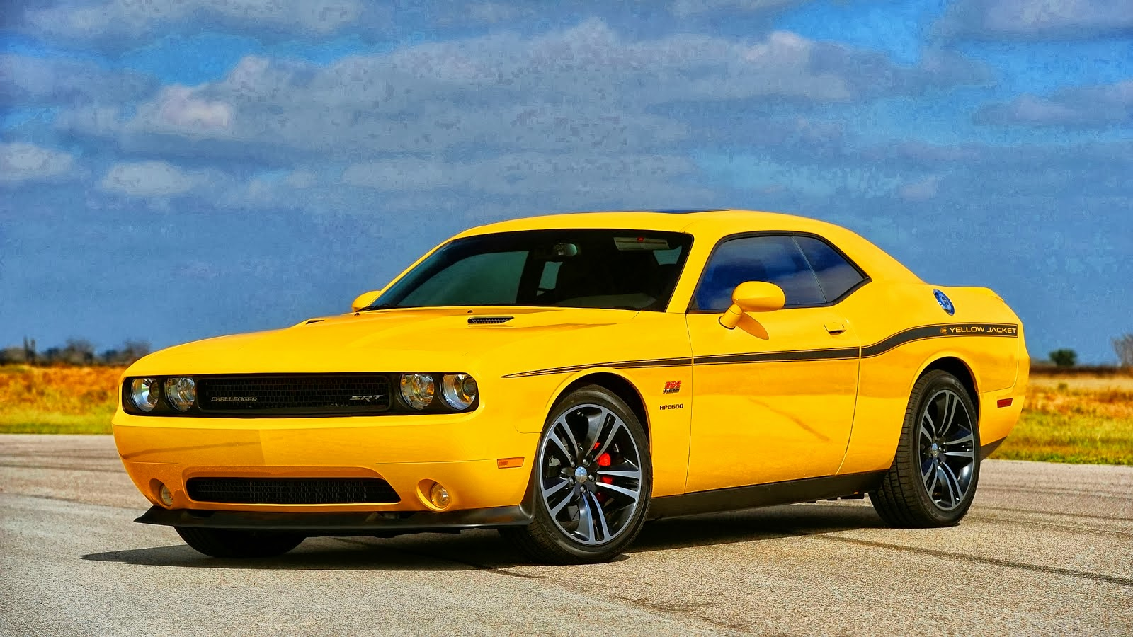 2013 Dodge Challenger392 Hemi Yellow | Autos Weblog