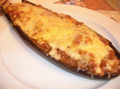 Nuestros quesos berenjenas rellenas de carne con bechamel - Berenjena rellena de carne ...