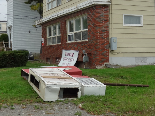 Bangor Efficiency Apartments,Maine,Sign,Falls Down