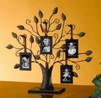 Medium Family Tree Picture Frame with Four Picture Frames