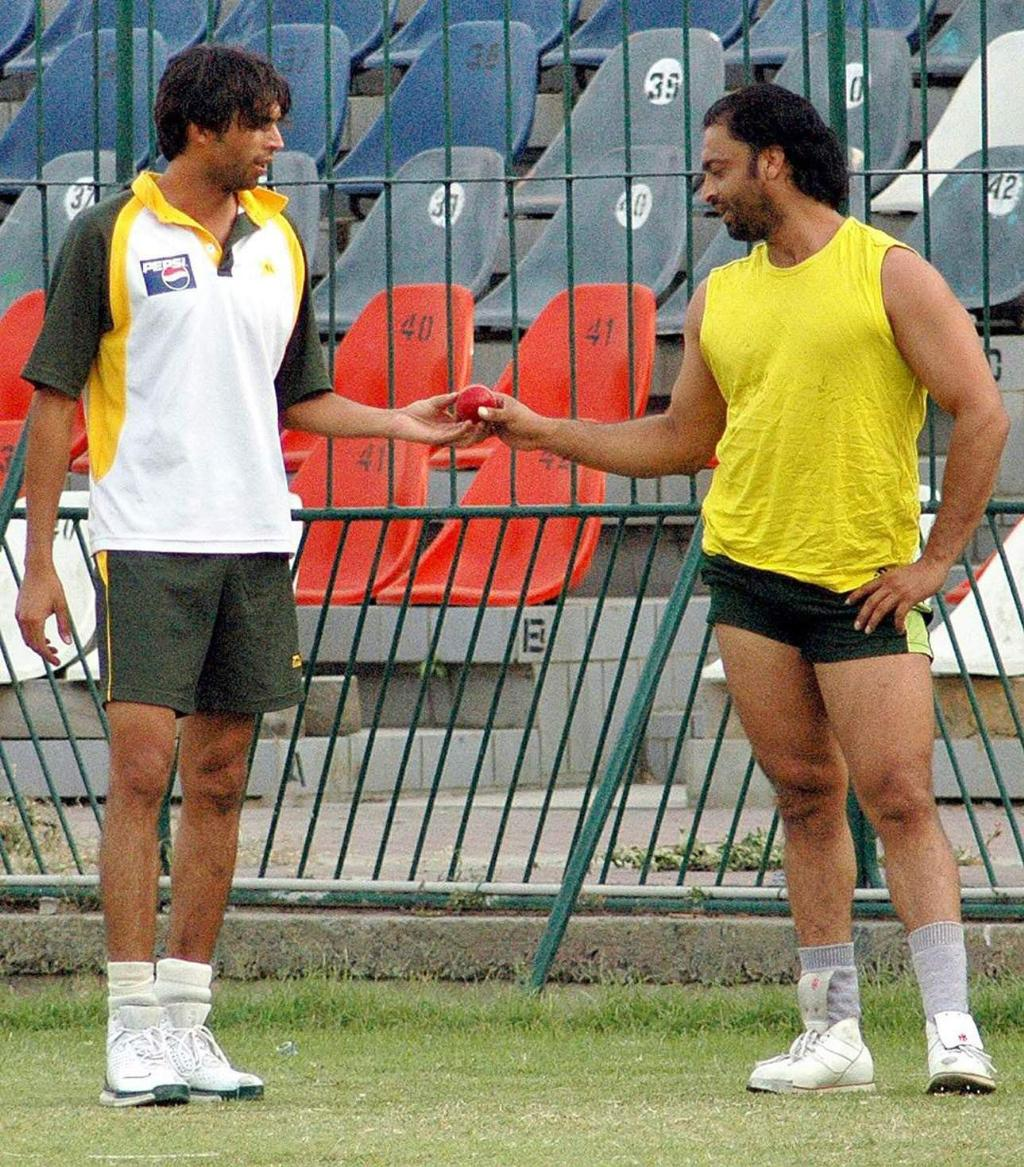 Viewing Gallery For - Shoaib Akhtar Body