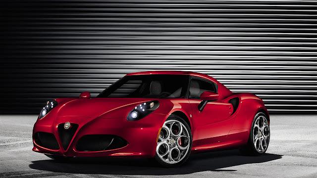 Alfa Romeo 4C front