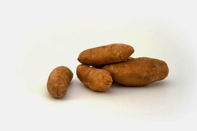 Los 5 mejores alimentos antienvejecimiento y protectores de la piel frente al sol, los alimentos con más beta-carotenos. También te ayudan a tener un bronceado más bonito.