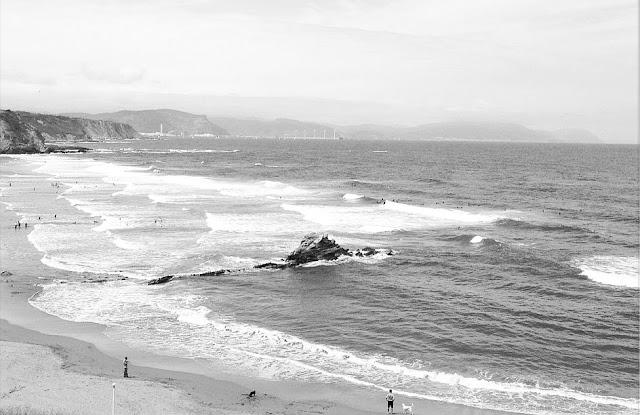 Playa de Atxabiribil