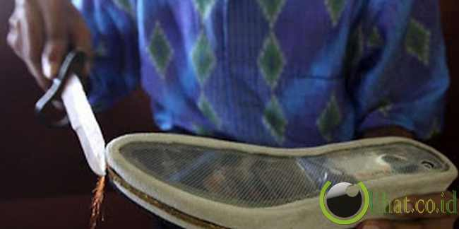 Sepatu Anti Perkosaan