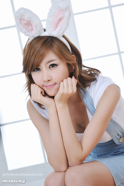 Choi-Byul-I-Denim-Overall-Skirt-14-very cute asian girl-girlcute4u.blogspot.com