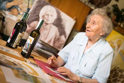 Liselotte Finke-Poser in ihrer Atelierwohnung. Foto: André Wirsig