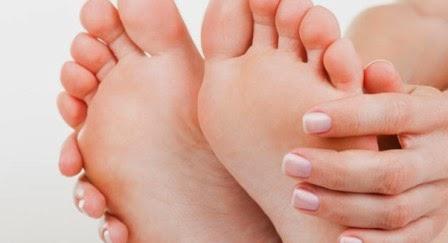 kaki mulus bebas kutu air