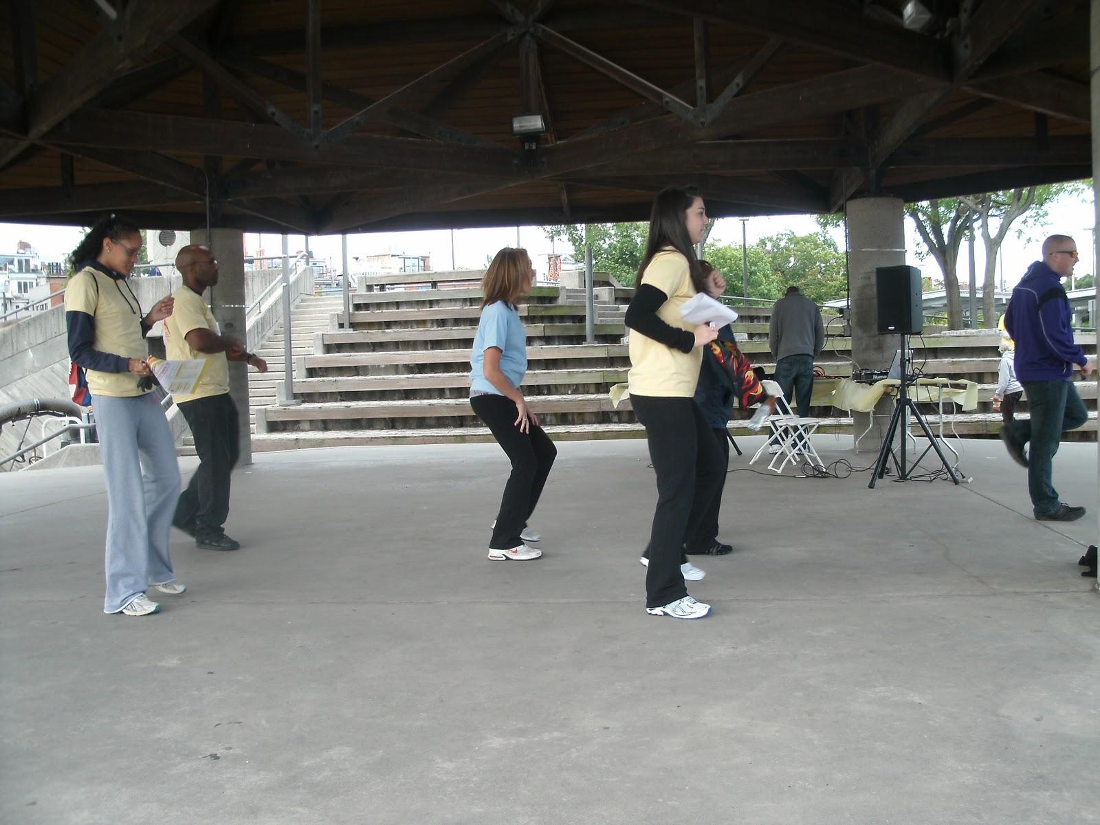 http://2.bp.blogspot.com/-9tfwKrcy_T8/TnkRJHJS9bI/AAAAAAAAAPY/mnZ-qtfWCTA/s1600/Baltimore%2B2011%2B018.JPG