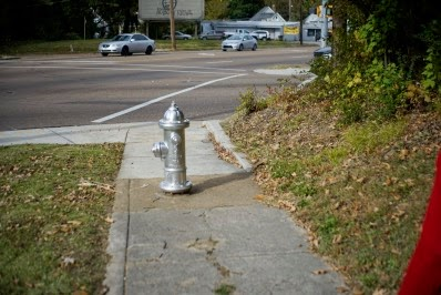 Fire plug blocking the curb-ramp in Memphis