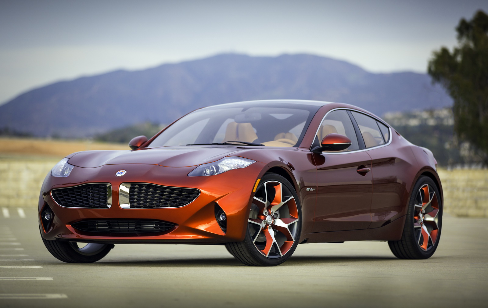 fisker automotive unveils the all new fisker atlantic in new york. Black Bedroom Furniture Sets. Home Design Ideas