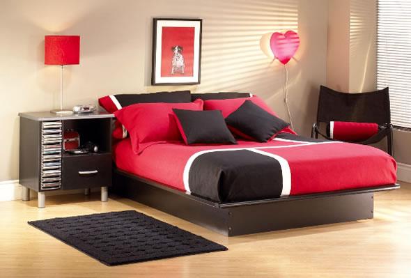 Red and Black Teenage Girls Bedroom-2.bp.blogspot.com