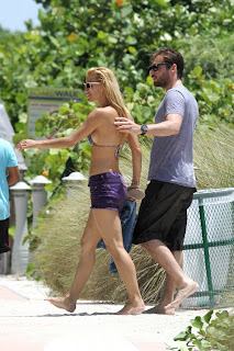 Michelle Hunziker, Michelle Hunziker showering, W Hotel in Miami, FL, Miami Beach hotels, Travel to Miami luxury hotel, Michelle Hunziker in luxury miami hostel, Hotel cheap in Miami