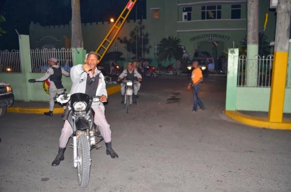 Motín en cárcel SFM deja diez heridos