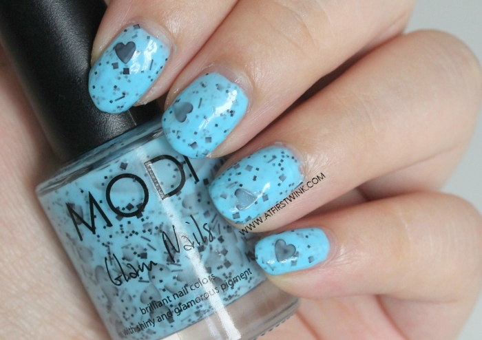 Modi Glam Nails S035 - Love Me Not on nails