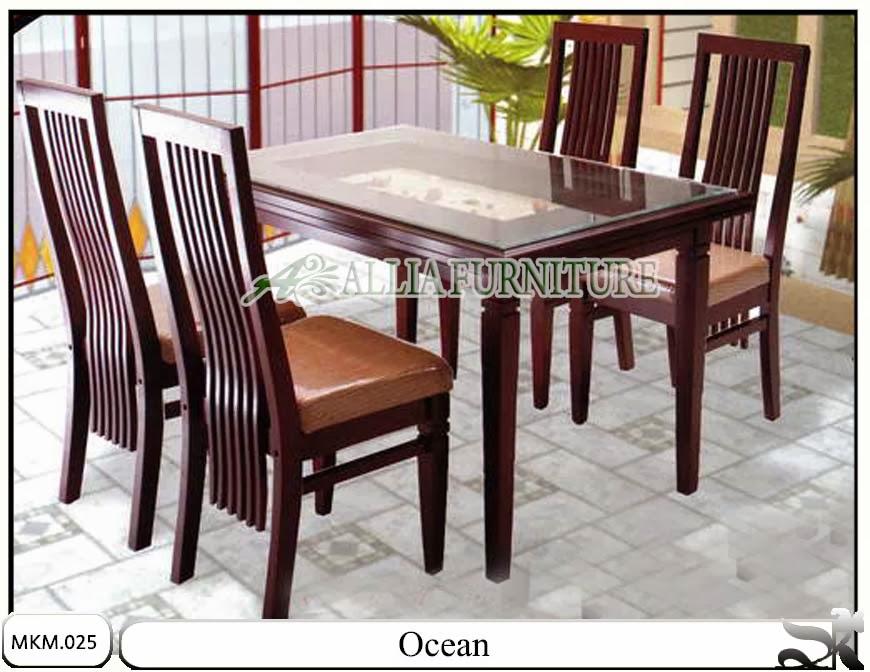 Set kursi dan meja makan minimalis ocean