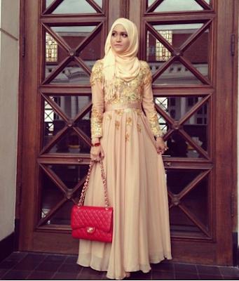 Gaun Kebaya Pesta bagi Wanita Muslimah