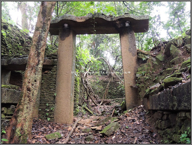 Extraordinary ruined Forts in Karnataka