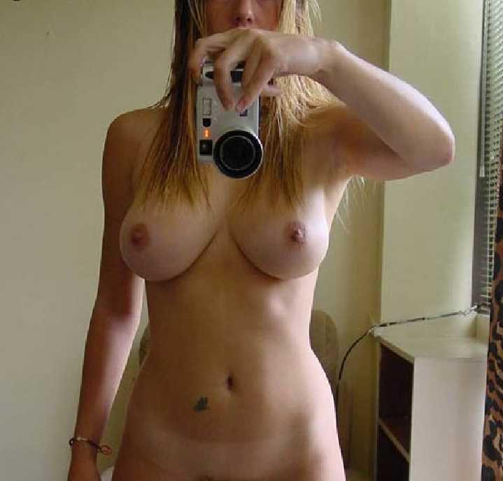 krasivie-golie-doma-foto