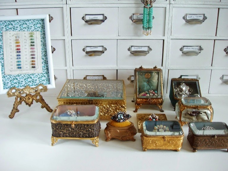 Boite en bijoux verre ancienne