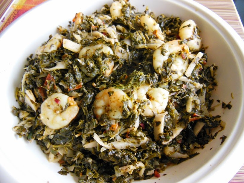 Chumkies kitchen burmese roselle leaves with bamboo shoots burmese roselle leaves with bamboo shoots shrimp chin baung kyaw forumfinder Choice Image