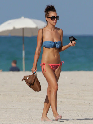 Rosie Jones Topless Candid Bikini Beach Photos