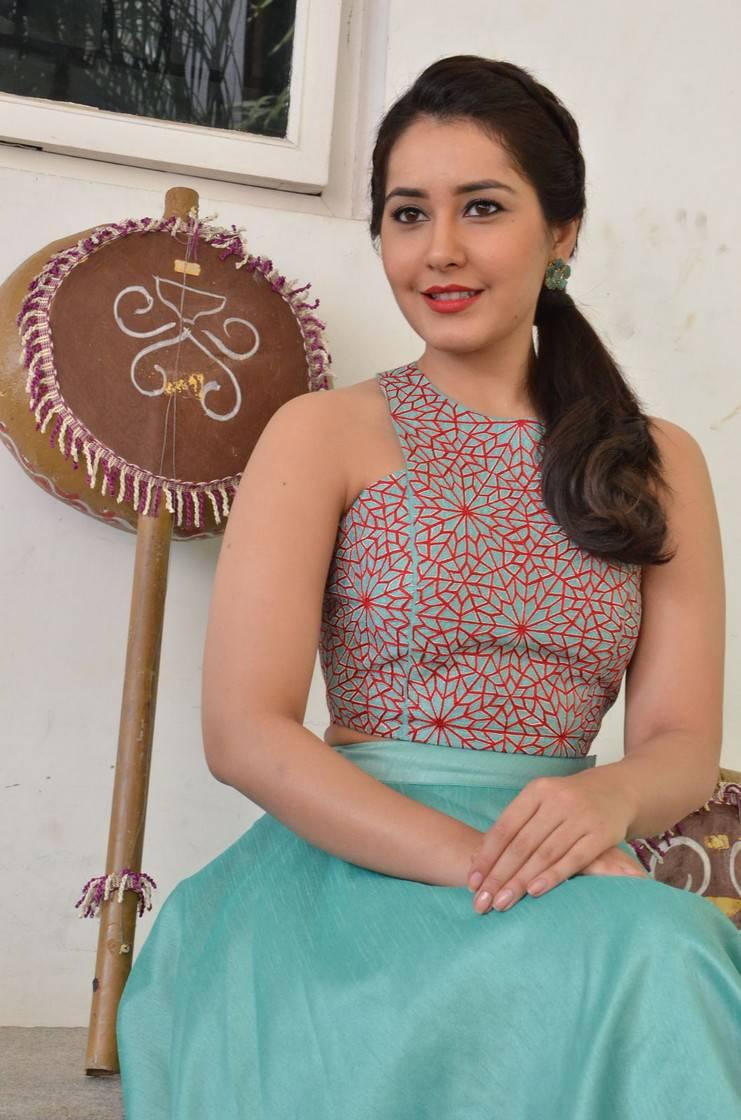 Rashi Khanna Stills At Bengal Tiger Movie Promotions