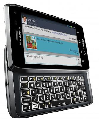 "Motorola apresenta Droid 4 ""Milestone 4"" e Droid RAZR MAXX"