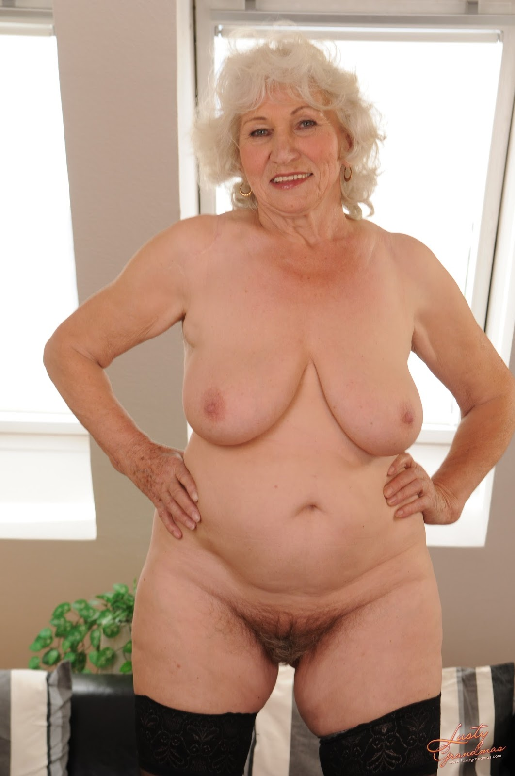 Images of mature porn stars getting fucked
