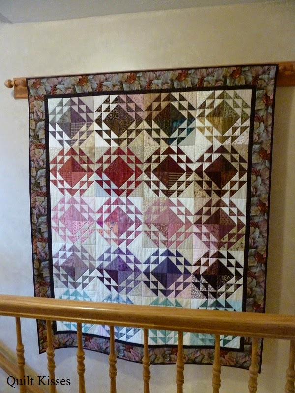 Hang Blanket On Wall quilt kisses: different ways to hang quilts