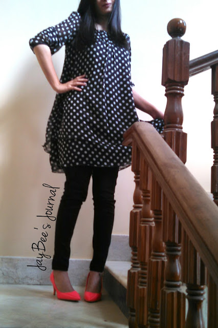 retro polka dot dress pakistan, New Look straight pant, H&M neon pink heels
