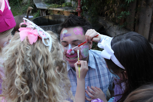 Cuties face gets decorated - 5 1