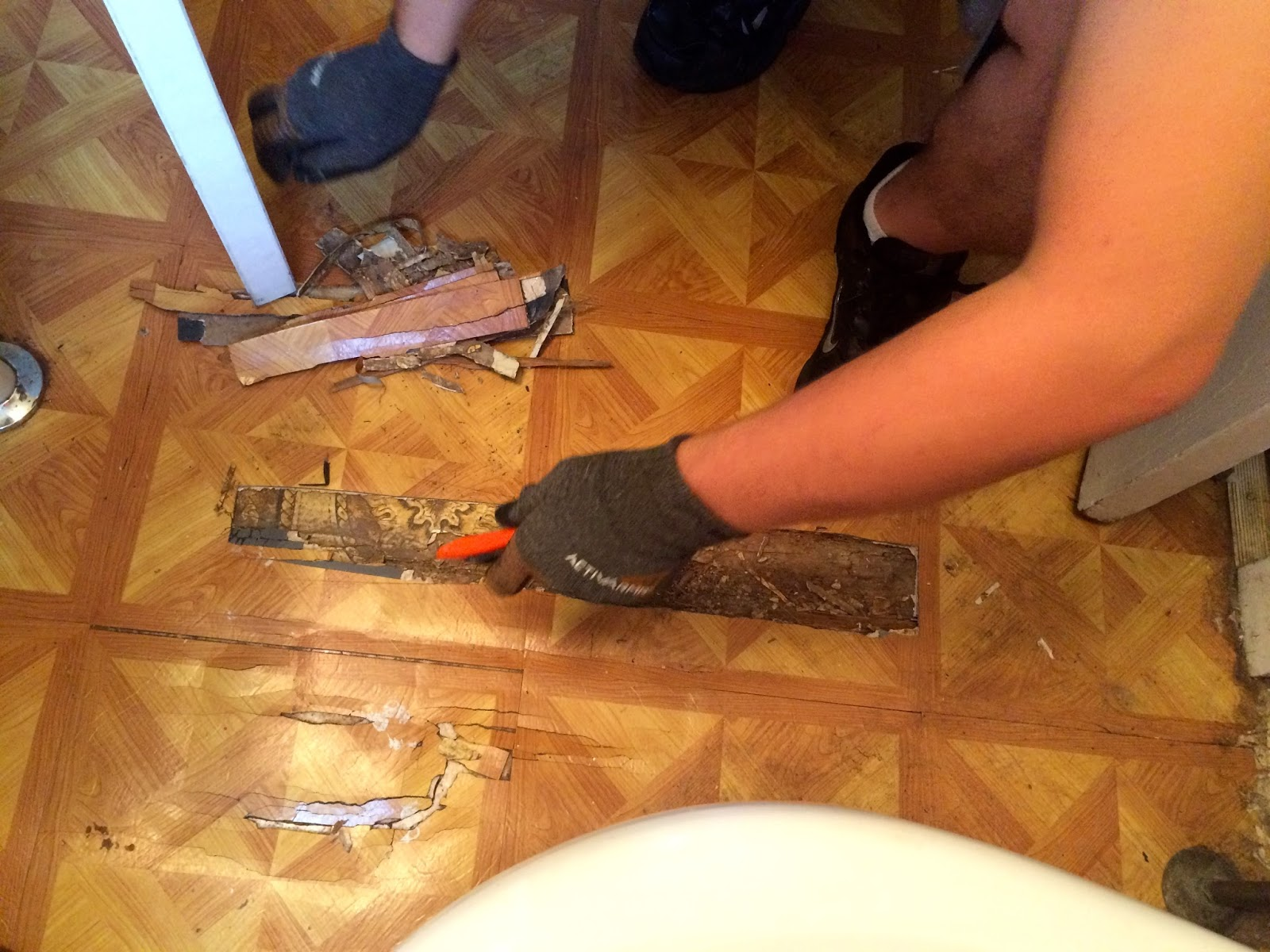 Repair Bathroom Floor This Little House Of Mine Bathroom Floor Fix Up